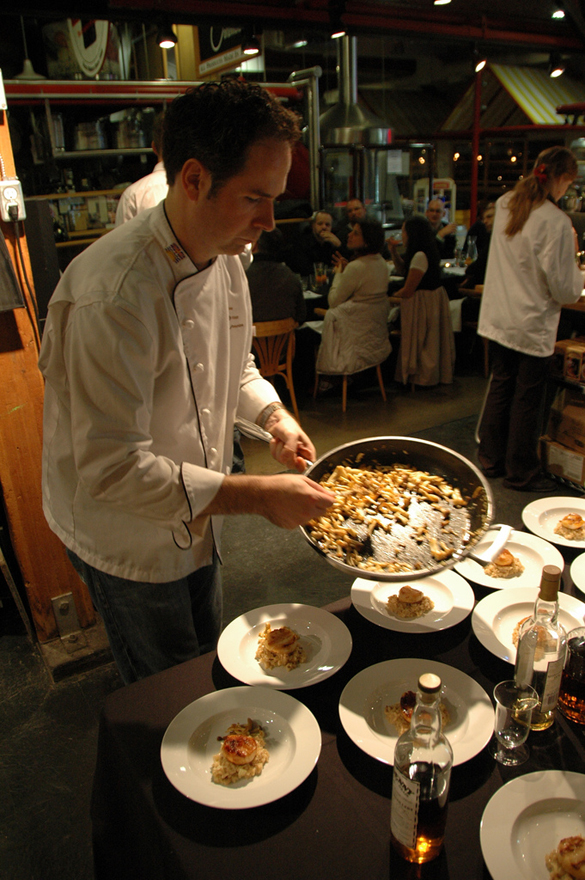 eric-cooking-at-market-dinn