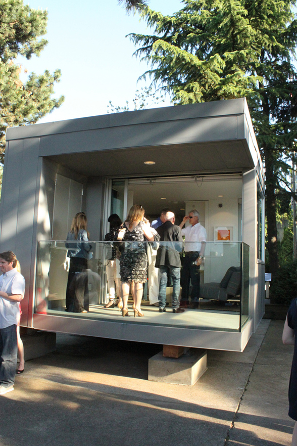 Cool thing we want 282 adorably tiny l41 home as seen at the ids west preview scout magazine - The scouts tiny house ...