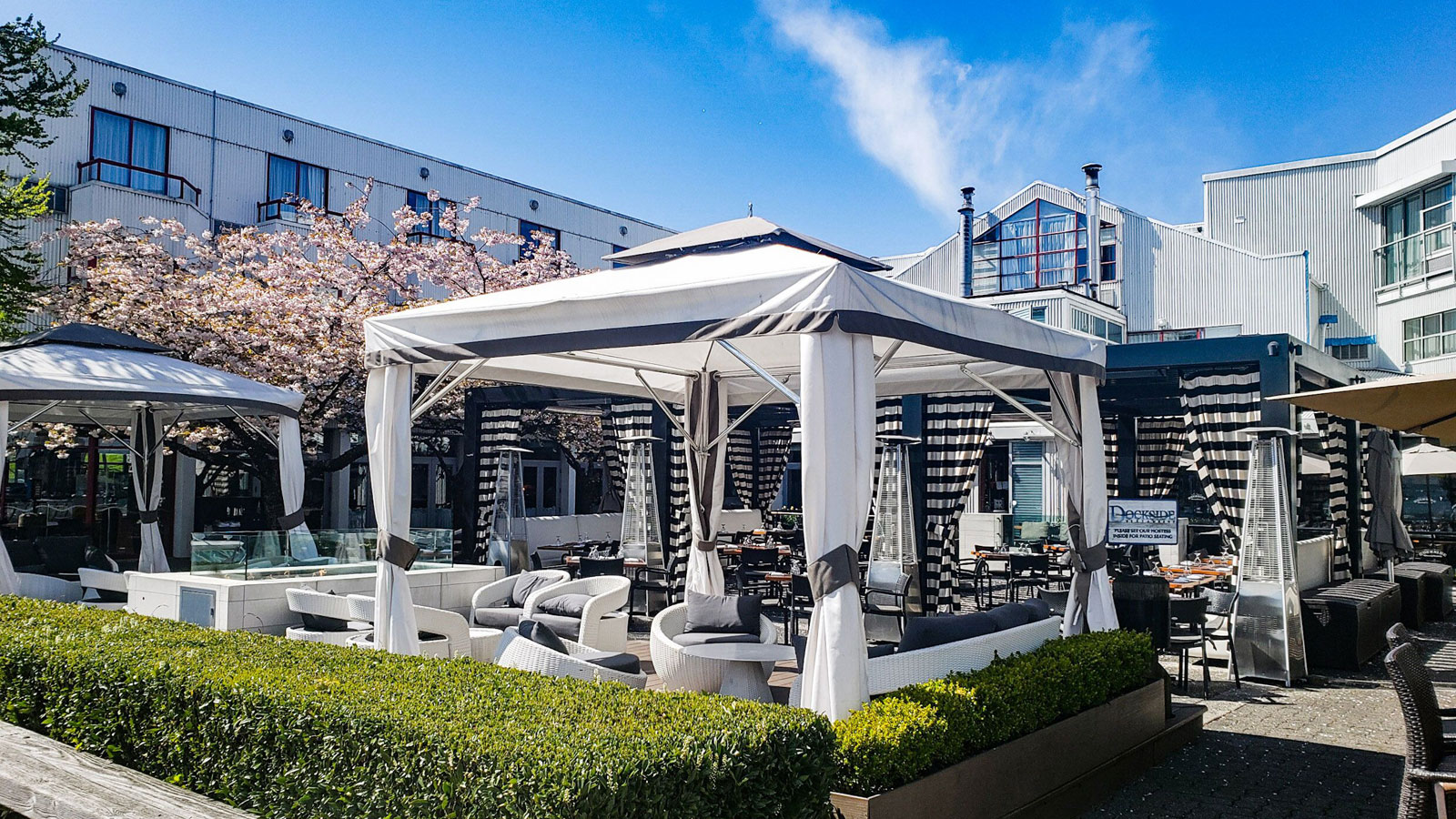 Dockside Launches New Sunday Brunch Menu to Make Patio Time More Delicious